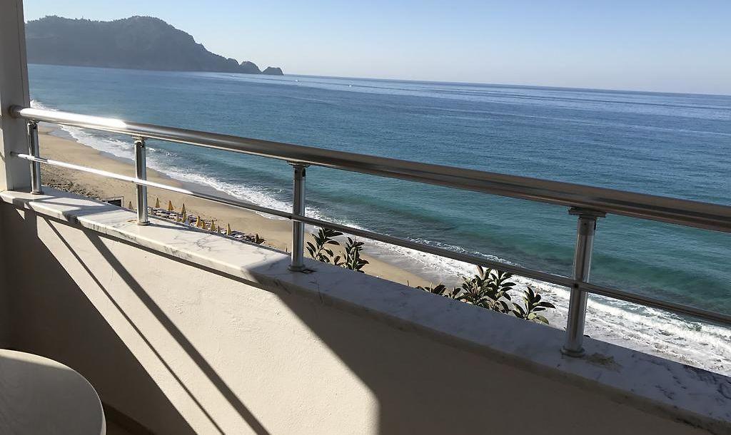 Muz Hotel Alanya Familien Unterkunft Und Blick Auf Das Meer